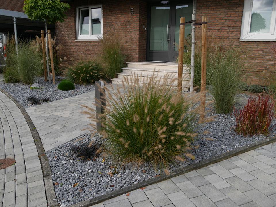 Vorgarten und Loungebereich | Gilhaus Garten- und Landschaftsbau